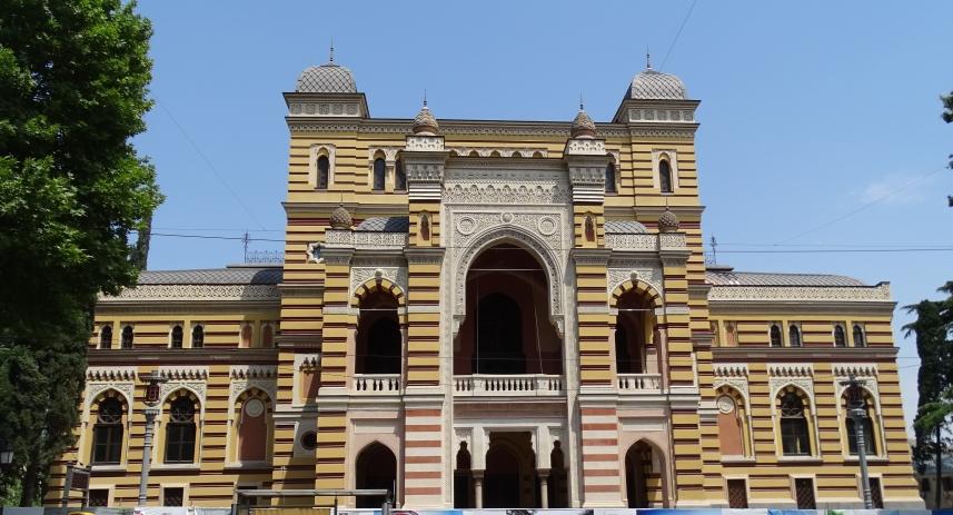 Eklektisches Tbilissi, Theater für Oper und Balett