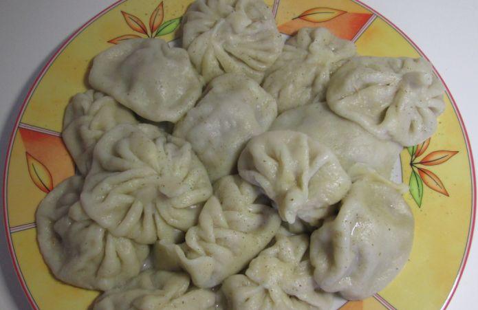Chinkali, mit Fleisch gefüllte Taschen