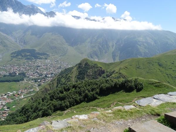 Georgien - Von Null auf 5000, Berge um Stepanzminda